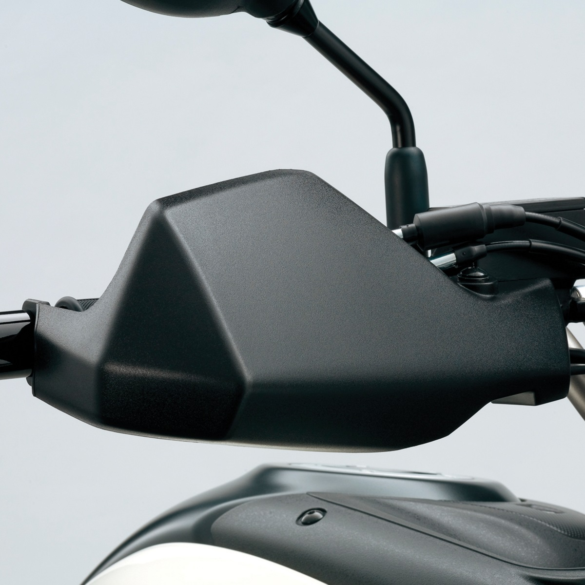 V-Strom 650 ABS Hand Guard Set (Black)