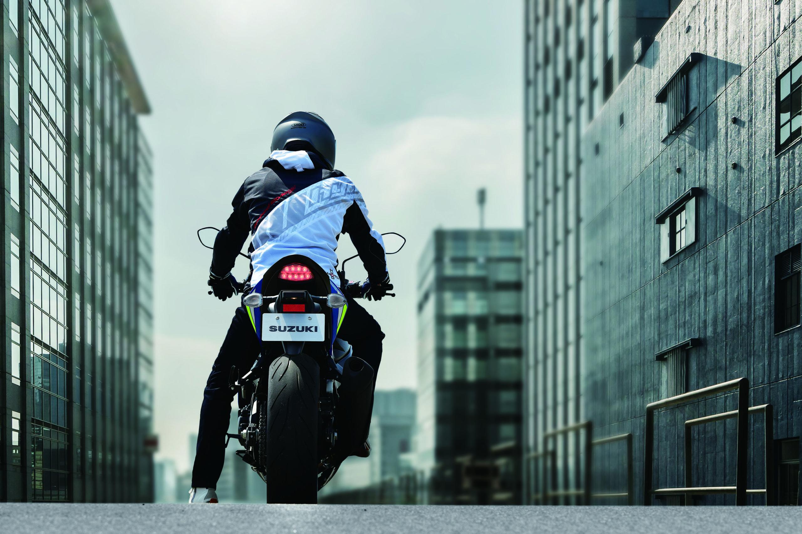 Rear-Suzuki-GSXS750-City